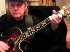 ▶ Ain´t no sunshine Bill Withers Guitar Lesson by Siggi Mertens - YouTube