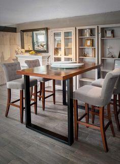 Las mesas altas son los muebles más cómodos para tener en tu hogar: fáciles de transportar y útiles para convites y eventos inusuales, ¡mira cómo quedan!