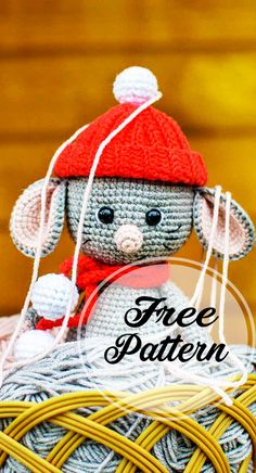 Lovely and Free Crochet Mouse Amigurumi Pattern! amigurumi for beginners; Tutorial Amigurumi, Amigurumi Free, Crochet Amigurumi, Amigurumi Doll, Amigurumi Patterns, Crochet Dolls, Crochet Patterns, Easy Knitting Projects, Crochet Projects