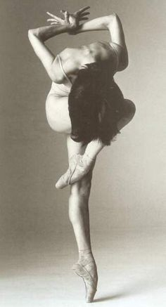Ballet Expressive Black & White #Photography of the human form