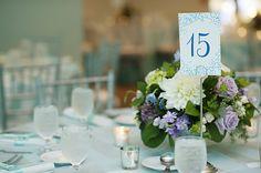 Bride Spotlight | Ellen Martin Stern | Aqua + Turquoise Palette | Aquarium Wedding | Cincinnati/NKY wedding | Poeme Name Cards | Photos by @kortneekate  | Newport Aquarium KY