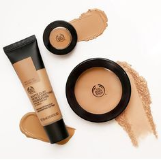 Matte clay foundation and concealer enriched with fair trade tea tree oil also our matte clay powder. Makeup Routine, Makeup Kit, Beauty Makeup, Base Makeup, Makeup Products, Beauty Products, Body Shop At Home, The Body Shop, Matte Foundation