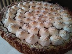 Crostata di quinoa con crema al limone e meringa italiana