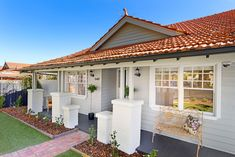 Through Road, Camberwell, Vic 3124 - Property Details House Exterior Color Schemes, Exterior Tiles, Exterior Paint Colors For House, Exterior Design, Red Roof House, Facade House, House Exteriors, House Gutters, Charcoal House