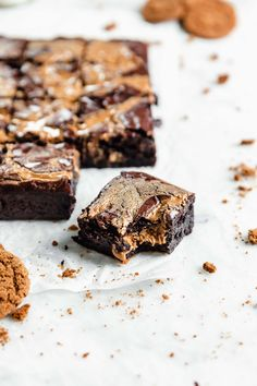 fudgy cookie butter swirled brownie with a bite taken out of it Peanut Butter Swirl Brownies, Cheesecake Swirl Brownies, Chewy Brownies, Best Brownies, Best Brownie Recipe, Brownie Recipes, Tray Bake Recipes, Dessert Recipes, Vegetarian Cookies
