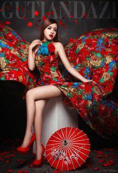 2014影楼服装 主题婚纱女孩写真中国红花布 婚纱礼服摄影演出-淘宝网