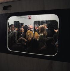 Take a look at this modern photojournalism that accidentally looks like Renaissance Paintings. These awesome pictures nailed the Renaissance art look, and they weren't everything. Renaissance Paintings, Renaissance Art, Film Photography, Street Photography, Hipster Photography, Framing Photography, Photography Lighting, Documentary Photography, City Photography