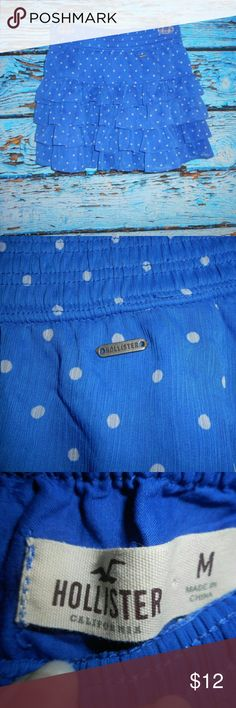 Hollister Ruffled Tiered Blue and White Skirt M Worn only once, this beautiful polka dot skirt is in great condition. Hollister Skirts Mini