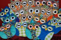 """I made these owl hot pads from the """"Hot Who!"""" sewing pattern.  I'm giving them out in coordinated pairs to friends and family."""
