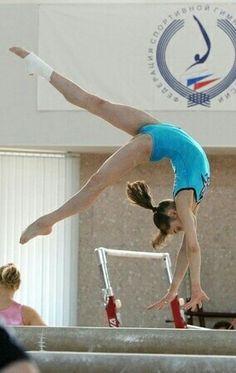Viktoria Komova #Summer_Sports #Gymnastics #Acrobatic #Olympics #Rhythmic_Gymnastics #Cheerleading #Skateboard