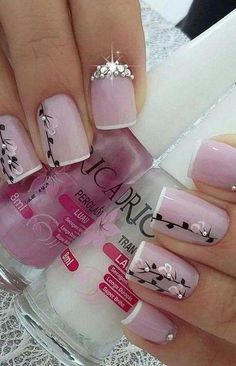 41 latest nail trends and designs 2019 014 Acrylic Nail Designs, Nail Art Designs, Acrylic Nails, Fingernail Designs, Fancy Nails, Pretty Nails, Spring Nails, Winter Nails, Valentine Nail Art