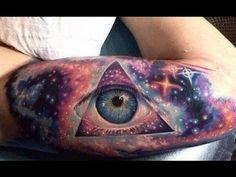 12 Striking Stunning & Realistic Eye Tattoos [ AMAZING TATTOO DESIGN ...