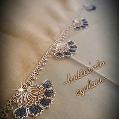 @haticenin_oyalari #igneoyasimodelleri #sunum #elemeği #göznuru #ceyizlik #havlu #moda #cool #mutfakhavlusu #namazörtüsü #tülbent… Odd Molly, Moda Emo, Michael Kors, Olay, Indian Fashion, Crochet, Diy And Crafts, Gold Necklace, Brooch