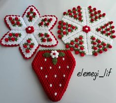 Slide the page to the side for beautiful dowry fiber sets & . Crochet For Kids, Easy Crochet, Crochet Baby Poncho, Crochet Dollies, Poncho Knitting Patterns, Ribbon Design, Irish Lace, Crochet Stitches, Cross Stitch Embroidery