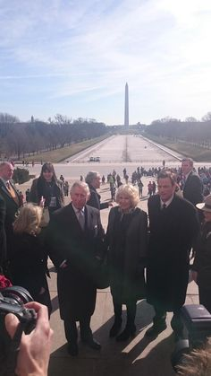 Clarence House Twitter: Visit to the United States, March 18, 2015-The Prince of Wales and Duchess of Cornwall in Washington DC to visit the Lincoln Memorial; behind them is the Washington Monument