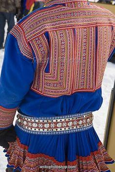 Google Image Result for http://www.mediastorehouse.com/image/the_back_of_a_traditional_saami_mans_gakti_1599153.jpg