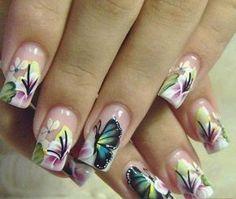 Unas pintadas con mariposas - Imagui