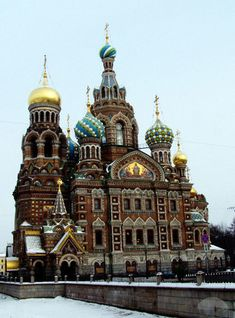 50 Amazing Churches From Around the World | Complex