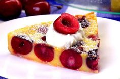 Surprise guests with cherry clafoutis, a French custard studded with ripe cherries that's SO easy to make. (Plus, a cherry pitting tip you've never seen! Summer Desserts, Easy Desserts, Delicious Desserts, Dessert Recipes, Dessert Ideas, Cherry Clafoutis, Blueberry Galette, Clafoutis Recipes, French Dishes