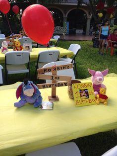 Winnie The Pooh Themes, Winnie The Pooh Birthday, Baby Boy 1st Birthday, 1st Birthday Girls, 1 Year Old Birthday Party, Boy Birthday Parties, Birthday Ideas, Birthday Centerpieces, Table Centerpieces