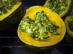 This Baked Acorn Squash makes a perfect autumn salad. Freshly roasted squash and Portobello mushrooms mix with exotic greens and seasonal apples and pumpkin… Baked Squash, Roasted Squash, Spinach Recipes, Vegetable Recipes, Gem Squash, Acorn Squash Recipes, Creamy Spinach, South African Recipes, Cooking Recipes