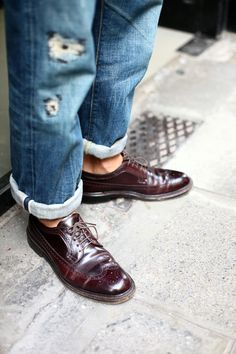 The Best Men's Shoes And Footwear : . Best Shoes For Men, Men S Shoes, Male Shoes, Brogues, Loafers Men, Rolled Up Jeans, Ripped Jeans, Gentlemen Wear, Mens Fashion Blog