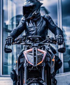 Duke Motorcycle, Duke Bike, Scrambler Motorcycle, Ktm Duke, Ktm Super Duke, Biker Photography, Bike Couple, Cb 1000, Ktm Motorcycles