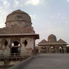 A journey through the historic town of Mandu in Madhya Pradesh - indiamike.com