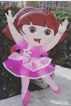 Figura de Dora bailarina, tallada en anime de bajo y alto relieve textura lisa
