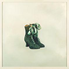 "barbara hangan ""1882"" • contemporary painter • vintage shoes painting • art • oil painting • wall art  #fineart #visualart #artforthehome #creators #painter #womenwhopaint"