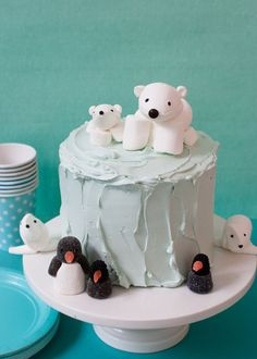 Arctic Cake from SuperMakeIt's Candy Aisle Crafts