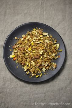 Dukkah – Egyptian Spice Mix : The Healthy Chef – Teresa Cutter Healthy Chef, Healthy Snacks, Healthy Eating, Healthy Recipes, Raw Recipes, Chef Recipes, Recipies, Clean Eating, Dukkah Recipe