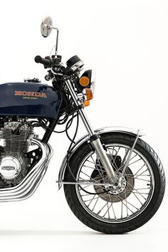 When you talk about old Honda road bikes, it doesn't tale long for the conversation to reach a story of a 400 four, enter our 1977 Honda Supersport. Honda Motorbikes, Honda Motorcycles, Custom Motorcycles, Custom Bikes, Honda Cycles, Super Four, Honda Cb400, Riders On The Storm, Custom Cafe Racer
