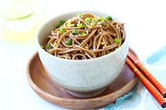 Ginger Soy Soba - the easiest and healthiest noodles made with ginger, soy sauce, honey and Japanese soba noodles. 15 minutes to make.