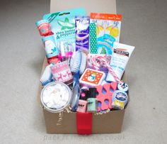 For your Mistle-toes, a great relaxing pamper beauty Christmas gift box ideal for mum, nan / grandma, sister, friend - pack it in gift box, filled boxed hampers, an unusual xmas present idea. www.packitingifts.co.uk