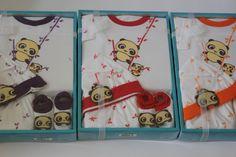 Deskripsi : Baby Set Stelan,Topi, sepatu aplikasi Panda  Warna : Sisa Merah dan Orange  Kode Produk : 83126  Harga : Rp.48.200  Cp : 08176858689  www.mikobabyshop.com
