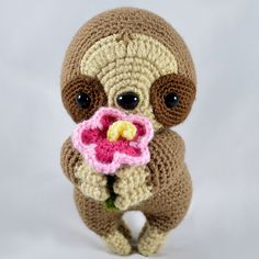 Hibiscus the Sloth amigurumi pattern by YOUnique crafts Crochet Animal Patterns, Stuffed Animal Patterns, Crochet Patterns Amigurumi, Crochet Animals, Crochet Dolls, Crochet Sloth, Cute Crochet, Crochet For Kids, String Crafts