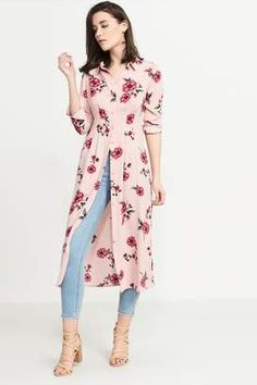 Floral print short sleeve plus size midi dress. Frock Fashion, Indian Fashion Dresses, Dress Indian Style, Indian Designer Outfits, Fashion Outfits, Stylish Dresses For Girls, Stylish Dress Designs, Designs For Dresses, Simple Kurta Designs
