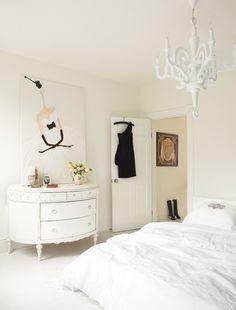 Chic All-White Bedroom | photo Virginia Macdonald | design Maryam Keyhani | @Allison j.d.m House! & Home