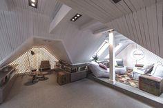 Woonkamer Op Zolder : 32 best t mooiste licht in de woonkamer images loft room attic loft