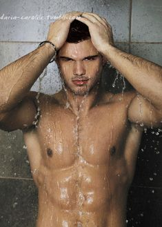 Best Chest Workout & Pectoral Exercises for Muscle Men In Shower, Man Shower, Pectoral Exercises, Taylor Jacobs, Love Jones, Best Chest Workout, Taylor Lautner, Hot Actors, Attractive Men