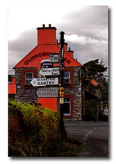 Clifford's Bar by .finding.ireland. on Flickr