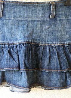 Kup mój przedmiot na #vintedpl http://www.vinted.pl/damska-odziez/spodnice/9926775-spodniczka-mini-jeansowa-z-falbanami