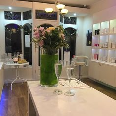 By @amelianour  We're so excited for our next events in-store. We have two more spaces left for our @oskiaskincare Expert Event on 11th March along with the gorgeous Natalia from @prismologie coming over on 25th March who will be giving complementary hand and arm massages and a very special Masterclass with @iamscentered in April. Details to follow soon.  #amelianour #leicester #francisstreet #luxurious #ecoluxe #beauty #wellbeing #vegan #vegetarian #ethical #natural #organic #chemicalfree…