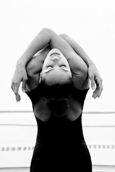 Dancing art misty copeland new ideas Dance Photography Poses, Body Photography, Portrait Photography, Misty Copeland, Art Psychology, Dance Movement, Modern Dance, Contemporary Dance Poses, Dance Pictures