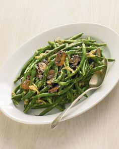 Green Beans with Creamy Mushrooms and Shallots | Whole Living