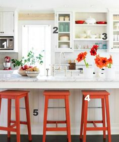 5 Ways to Get the Look: Infarrantly Creative shares DIY tutorials from around the web that can help you recreate the look of this fresh farmhouse kitchen.