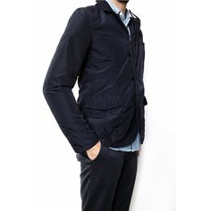 Reversible travel jacket