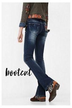 Desigual Dames Jeans. Ons Denim is bijzonder, ontdek het zelf! Gratis retour en verzending naar de winkel.