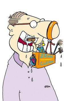 Die Zähne richtig putzen.  Zweimal jährlich sollte eine professionelle Zahnreinigung auf dem Programm stehen. Foto: djd/Ergo Direkt Versicherungen